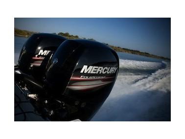 Moteur hors bord 150 cv 4 temps mercury for Housse moteur hors bord mercury