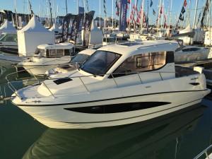 Quicksilver Activ 855 Cruiser à flot